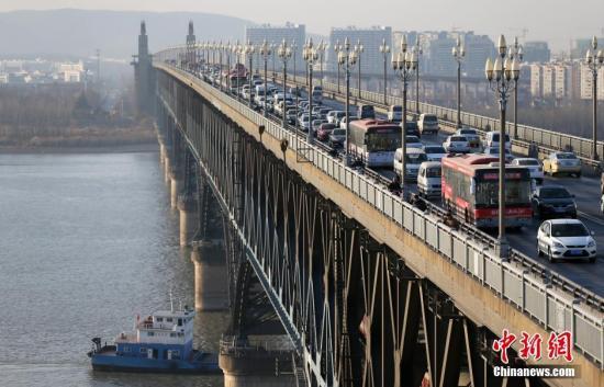 南京长江大桥封闭维修预计投资11亿元